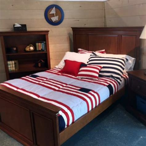 bedding for bunk beds hugger quot benjamin quot americana bunk bed hugger comforter bedding