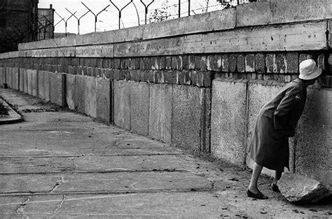 Berlin Wall Essay by Cricketbug6567818 Cold War