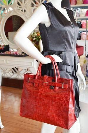 Tas Longch Le Pliage Top Handle Medium Merah Muda 301 moved permanently