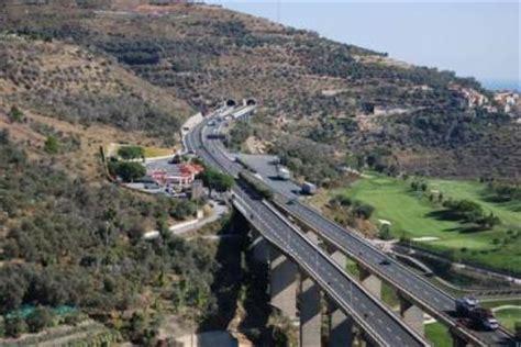 telecamere autostrada dei fiori autoroute italienne a10 les autoroute d europe et du monde