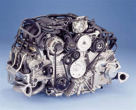 2005 porsche 911 3 6l flat 6 engine picture