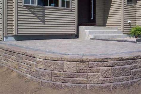 retaining walls  beautiful raised patios