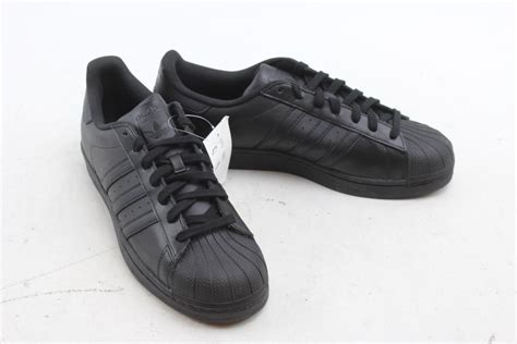 adidas s shoes size 11 property room