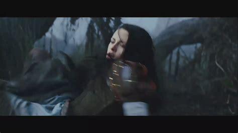 trailer white trailer 2 snow white and the huntsman image 29879602