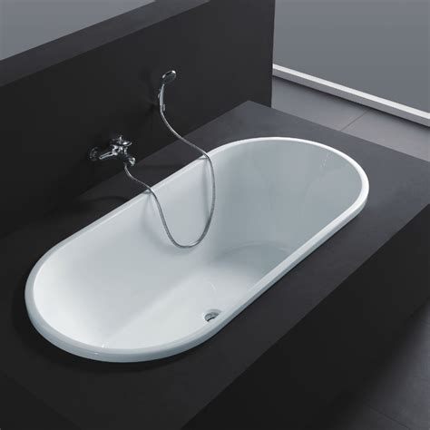 Bathtub With Center Drain by Virtu Usa Serenity 70 Quot White Free Standing Soaking Bathtub