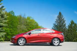 2017 chevrolet volt charged up in the sun page 6 roadshow