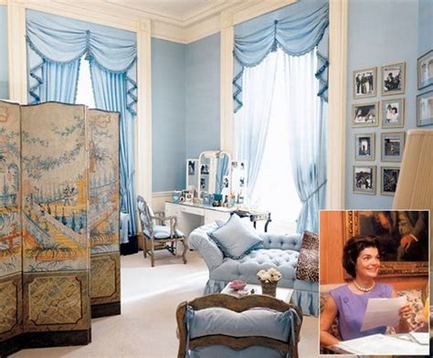 look inside the obamas private living quarters cnn jackie kennedy s white house private quarters in 1961