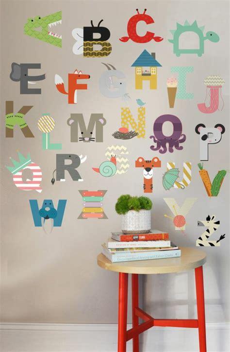nachttisch kinderzimmer weiß babyzimmer streife wohndesign und m 246 bel ideen