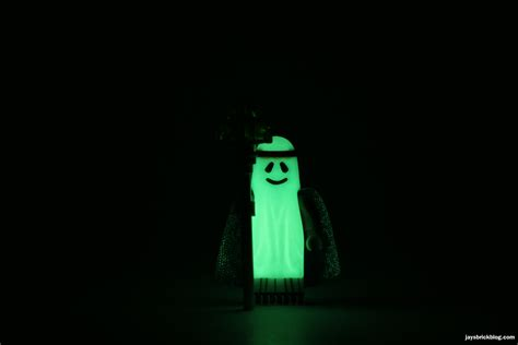 Lego Ghost Minifigure Glow In The review the lego 70818 decker