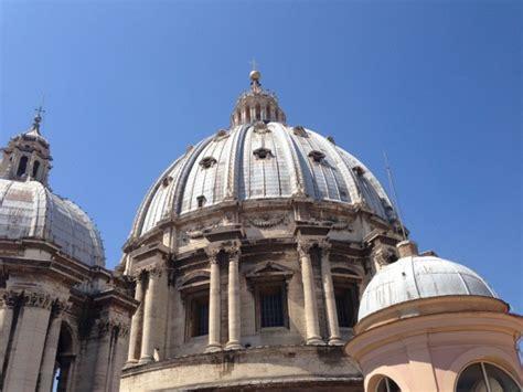 cupola basilica san pietro salire a piedi sulla cupola della basilica di san pietro
