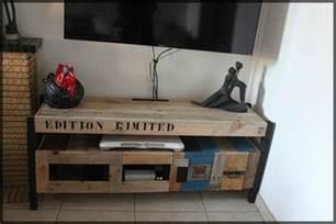 fabriquer un meuble tv avec une palette artzein