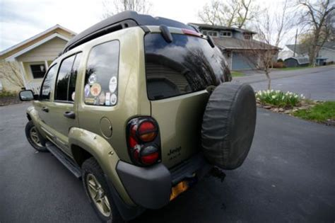 find   jeep liberty renegade  arb bull bar