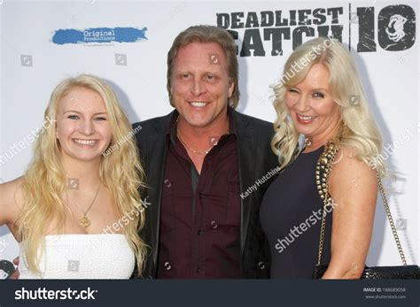 mandy hansen on the deadliest catch fv northwestern los angeles apr 22 mandy hansen sig hansen june