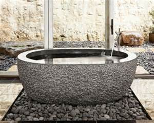 rock bathtub bathtubs cava di pietra