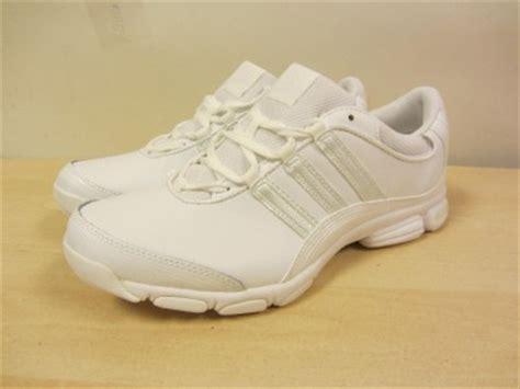 adidas cheer sport shoes adidas cheer sport white cheerleading shoes s sz 3