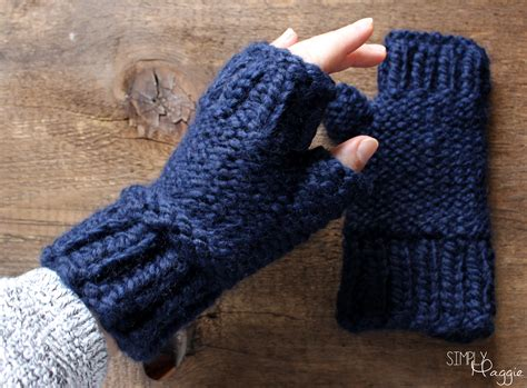 knitting pattern for mittens chunky fingerless mittens pattern simplymaggie com