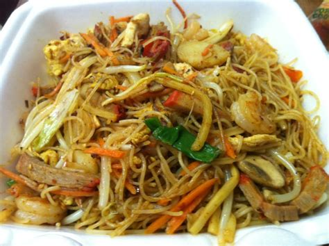 house mei fun lo mein vs chow mein vs chow fun images