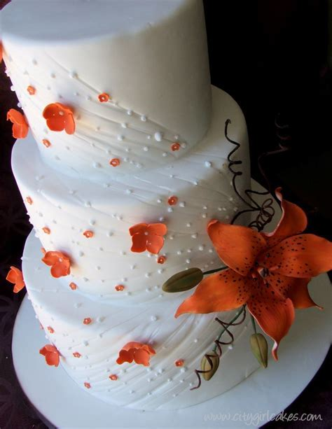 Tipping the Love Scale ? Tiger Lily Wedding Cake   Walkin