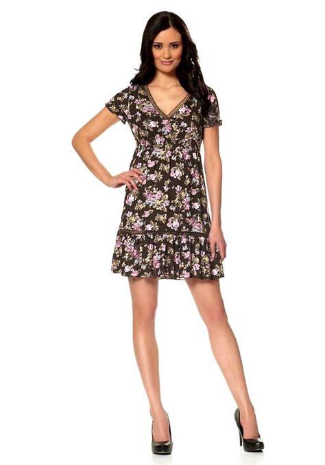 kleid mit blumen braun kleider outlet mode shop