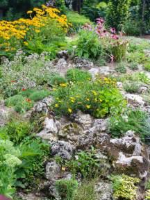 Alpine Rock Garden How To Build And Plant An Alpine Rock Garden David Domoney