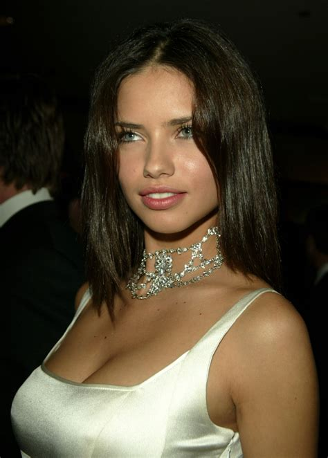 haircot wikapedi adriana lima different hairstyle looks hair fashion 2012