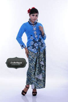 Riani Maxi Putih Batik Cokelat 1000 images about kebaya nonya blouse on kebaya kebayas and sarongs