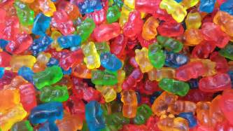 how to make candy an easy guide to making your own gummy candies