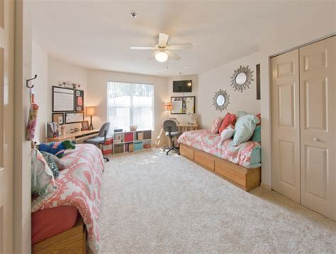 Windsor Hall | Luxury Dorms vs University of Florida Dorms ... Freshman Housing Uf