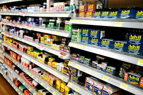 Acetaminophen Shelf by Codeine And Advil Things You Didn T