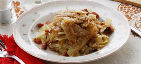 cucinare verze ricetta verze e pancetta in padella cucinarecarne it