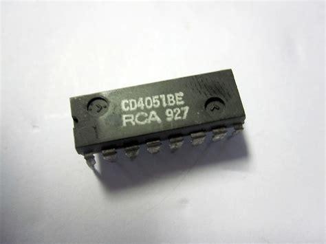Cd 4051 Be Cd4051be integrato cd4051be hcf4051 mc14051 tc4051 p16 din gpec srl