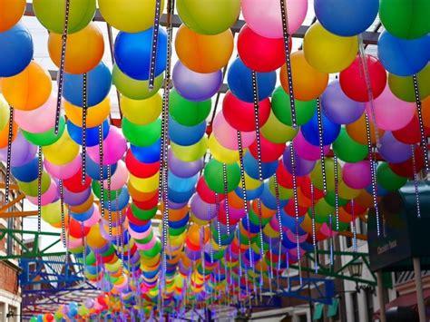 decorar con globos 5 consejos para decorar con globos leroy merlin