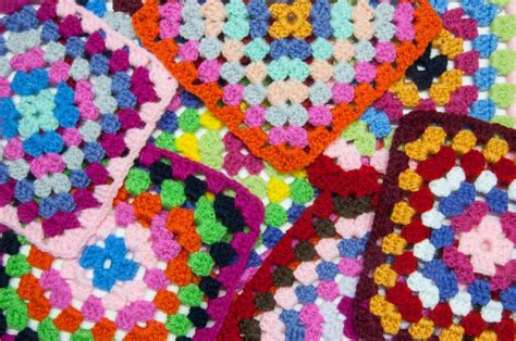 Handmade Jigsaw Puzzles - scattered squares jigsaw puzzle in handmade puzzles