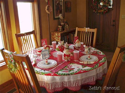 how to set a christmas table zetta s aprons fun christmas table setting and a winner
