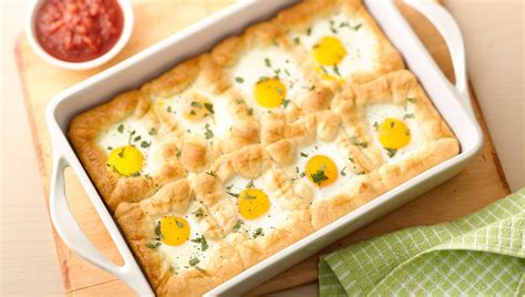 egg dishes easy egg dishes for a big from pillsbury