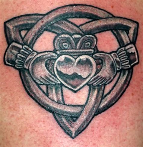 tattoo knot meaning celtic knot and claddagh tattoo claddagh tattoo designs
