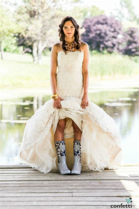 Wedding Day Photography by How To Absolutely Smash Rainy Wedding Day Photography