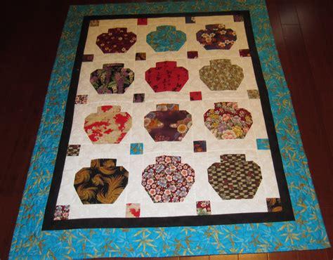 quilt pattern jars ginger jar quilt using kona bay and japanese fabrics 90