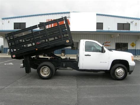 used gmc 4x4 trucks for sale gmc 3500 4x4 2011 gmc 3500 4x4 flatbed dump truck for