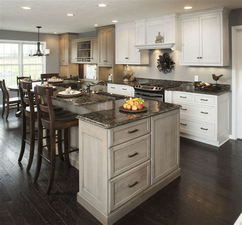 Traditional White Kitchen w/ Accent Island   Traditional