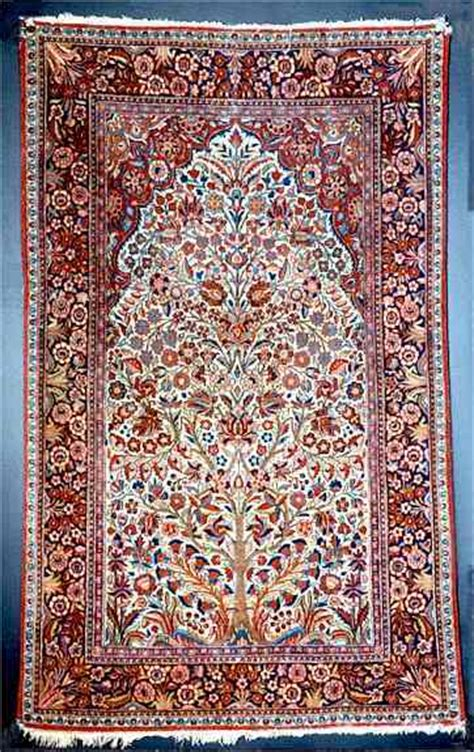 10 To Live By Rug by Kashan Rug Styles A Guide To Kashan Rugs