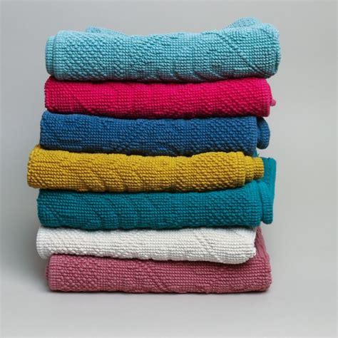 Vivaraise Bath Mat by Vivaraise Textiles Printer Tailor