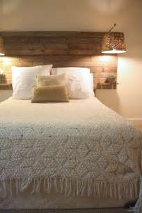 picture of simple rustic headboard