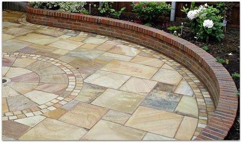 verlegung terrassenplatten garden construction helping to create an