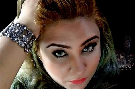 shazia ismail makeup artist dubai dubai united arab shazia the first malaysian makeup artist to conduct