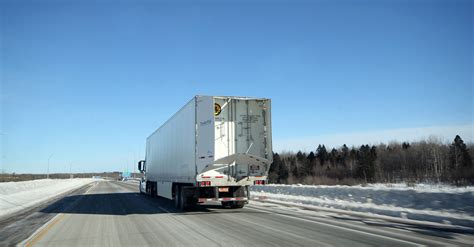 boat safety transport canada ontario now allows full length trailer tails truck news