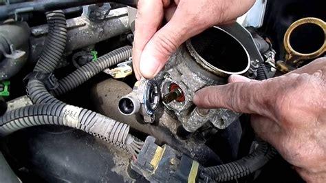 2005 Trailblazer Throttle Position Sensor by Chevrolet Cobalt Questions Where Is The Throttle