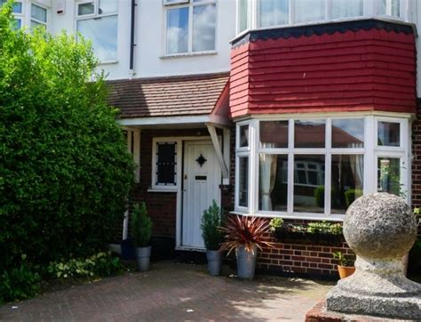 1 bedroom flats to rent in clacton on sea 1 bedroom flats to rent in clacton on sea bungalow for sale in clacton on sea 3
