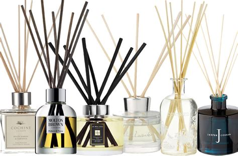 the gloss report 12 reed diffusers reviewed