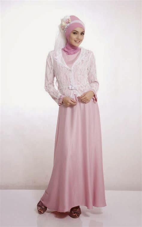 Dress Pesta Gamis Lebaran model baju muslim modern ala dian pelangi hairstylegalleries